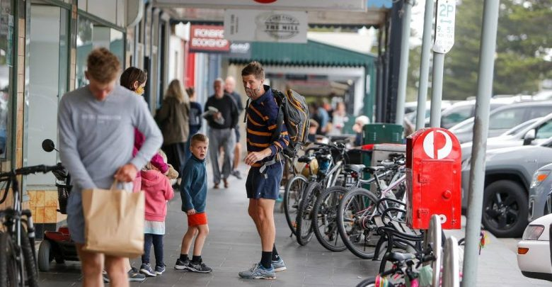 Port Fairy Sackville Street No dogs or scooters in community hands after a close vote in Moyne Shire Council |  The standard