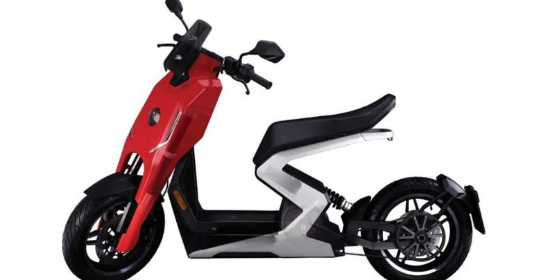Zapp i300 electric scooter, with a 60km range, goes official