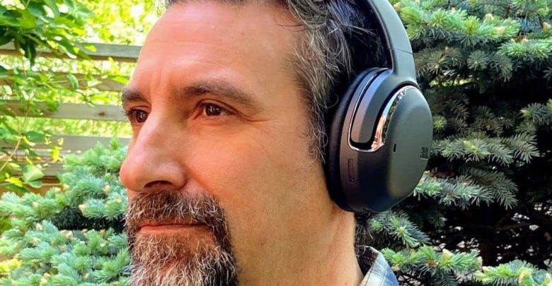 JBL Tour One Review: ANC Headphones With Super Call Quality