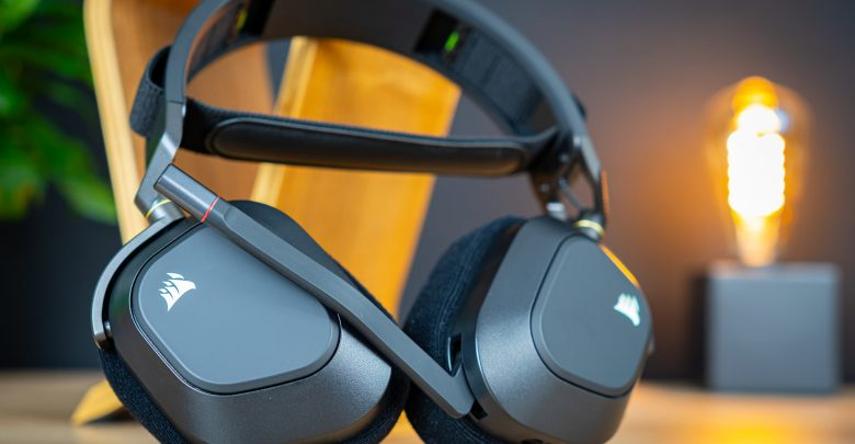 Corsair HS80 RGB Wireless Review: Everything a Gaming Headset Needs