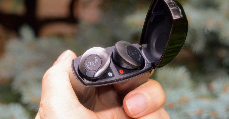 Klipsch T5 II ANC Review: Stylish Buds Now Quieter, Smarter